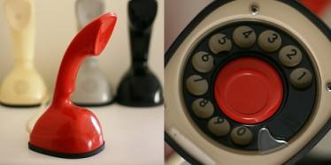 téléphone vintage orange ericsson
