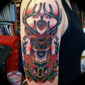 tattoo traditionnel cerf